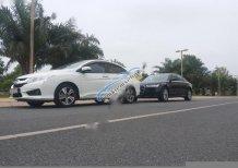 Cần bán gấp Honda City đời 2014, màu trắng xe gia đình, 540 triệu