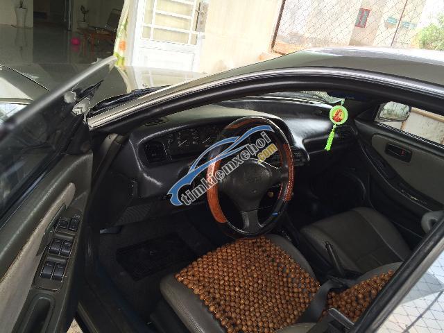 Cần bán xe Toyota Caldina sản xuất 1999, màu xám