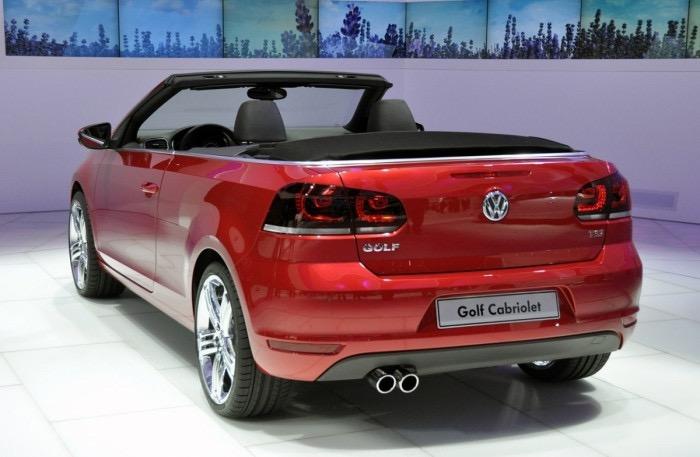 Bán xe mới Volkswagen mui xếp SX 2012 màu đỏ