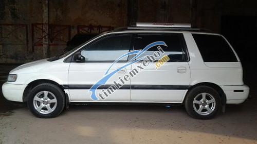 Bán xe Mitsubishi Space Gear 1.8 MT đời 1997, màu trắng số sàn, 175tr