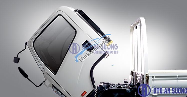 Bán ô tô xe tải dưới 500kg lx đời 2017, màu trắng, nhập khẩu