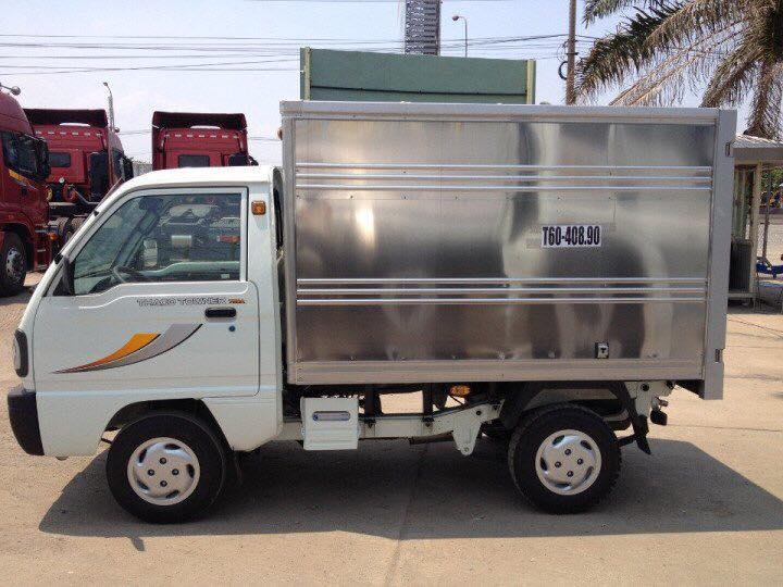 Cần bán xe tải 900kg Towner 800 sản xuất năm 2018, màu xanh lam, chỉ 60tr có thể lấy xe