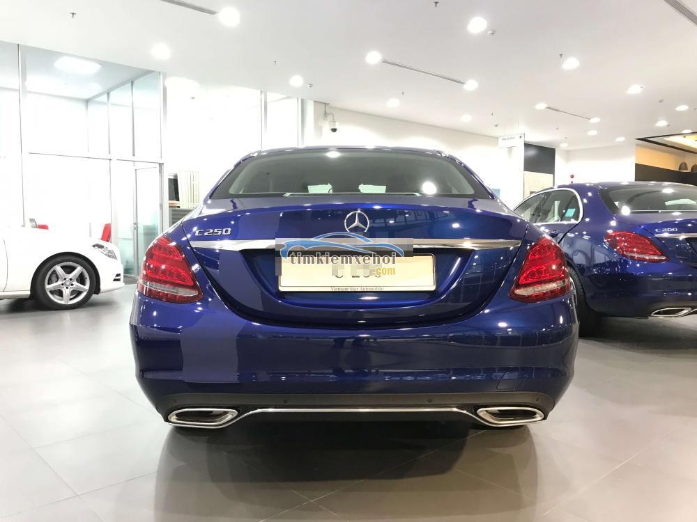 Xe Mới Mercedes-Benz C 250 Exclusive Model 2018