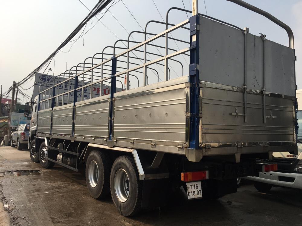 Xe tải Dongfeng Hoàng Huy 4 chân 17.9 tấn.