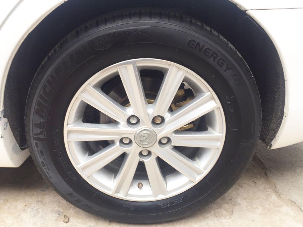 Cần bán xe Toyota Camry LE 2007 màu trắng, nhập Mỹ, gia đình sử dụng