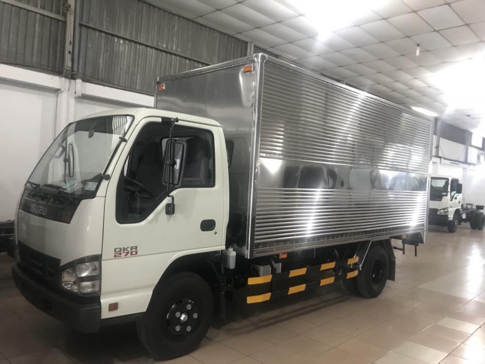 Bán xe tải Isuzu 1T9 thùng kín thùng dài 6m2 tốt nhất thị trường