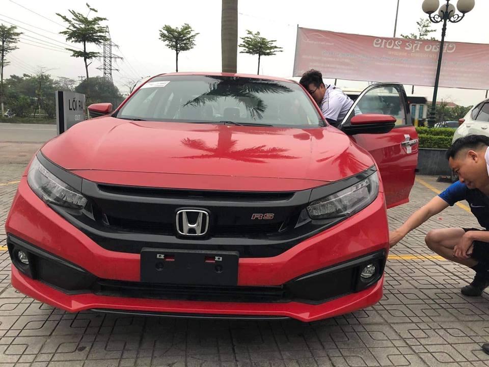 Bán xe Honda Civic RS 2019, màu đỏ, nhập khẩu