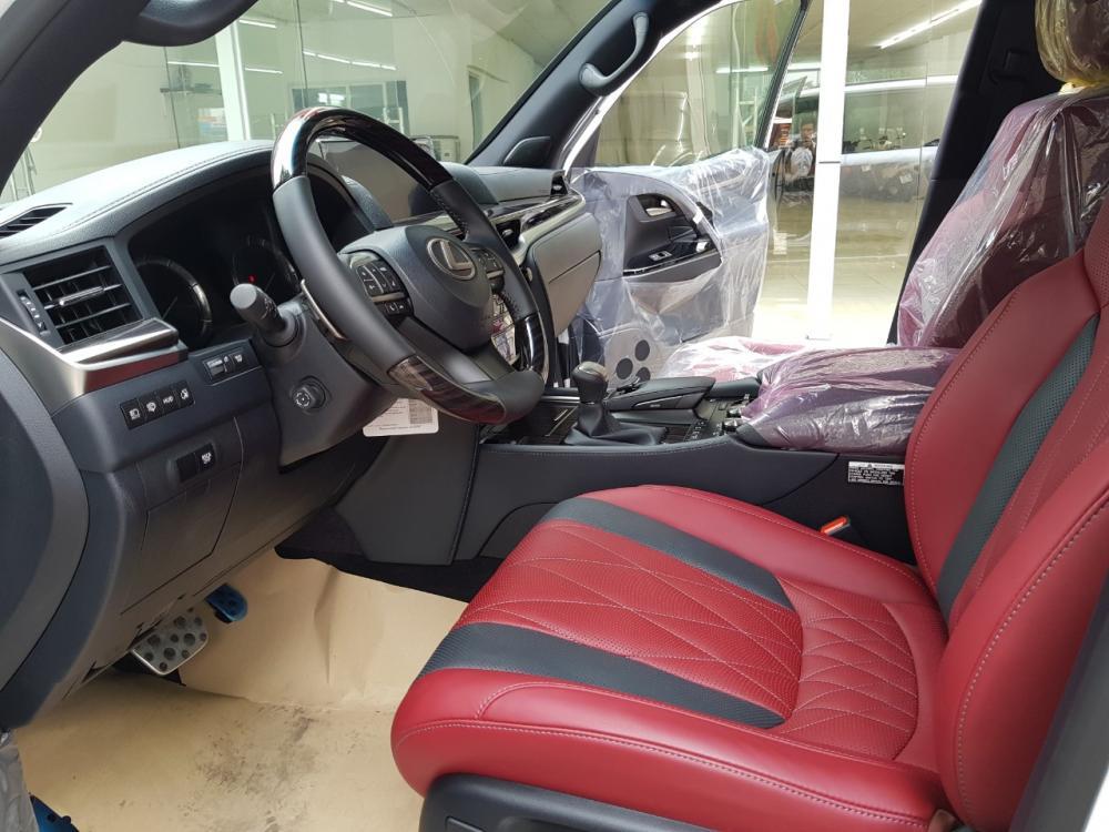 Cần bán Lexus LX 570 Black Edition đời 2019, màu trắng, nhập khẩu, số tự động