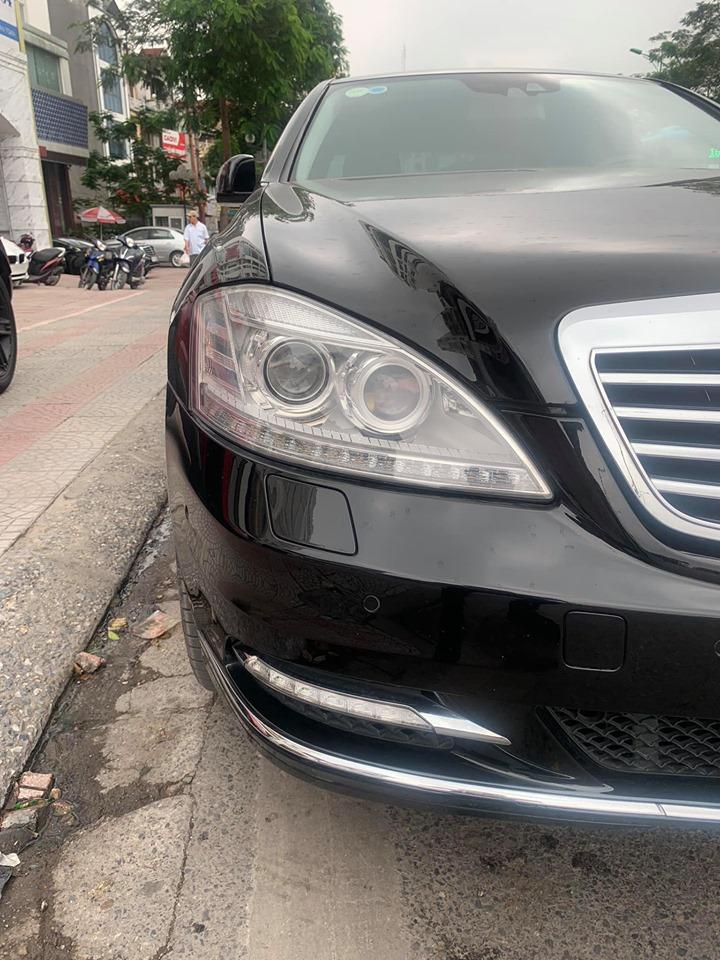 Bán xe Mercedes đời 2008, màu đen, nhập khẩu nguyên chiếc