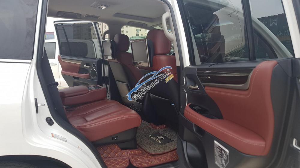 Bán Lexus LX570 model 2016 đã lên form 2018 đăng ký tên cá nhân