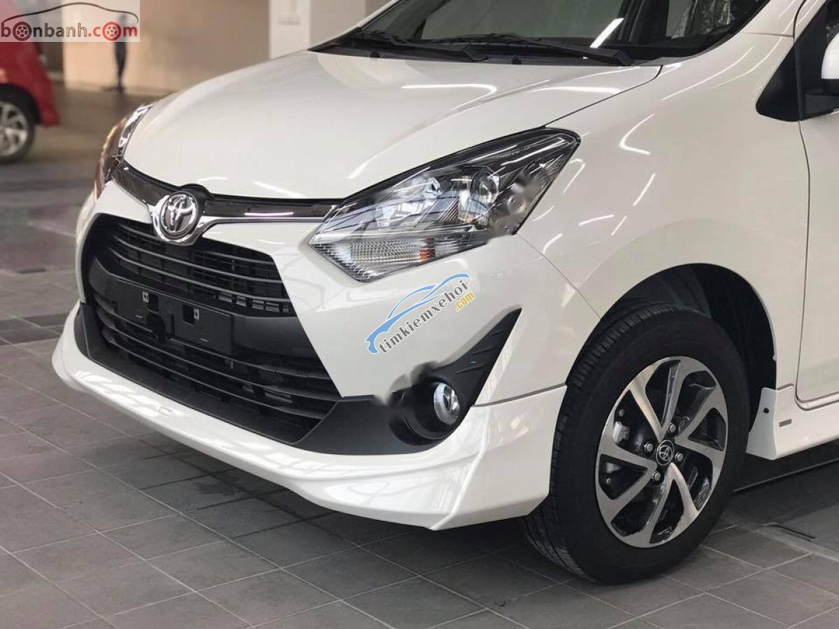 Bán Toyota Wish 1.2G AT đời 2019, màu trắng, nhập khẩu, giá 360tr