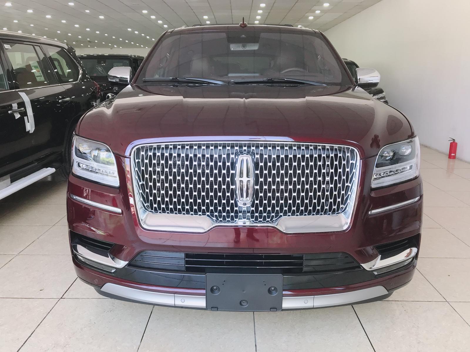Bán xe Lincoln Navigator L Black Label sản xuất 2019, màu nâu, xe giao ngay