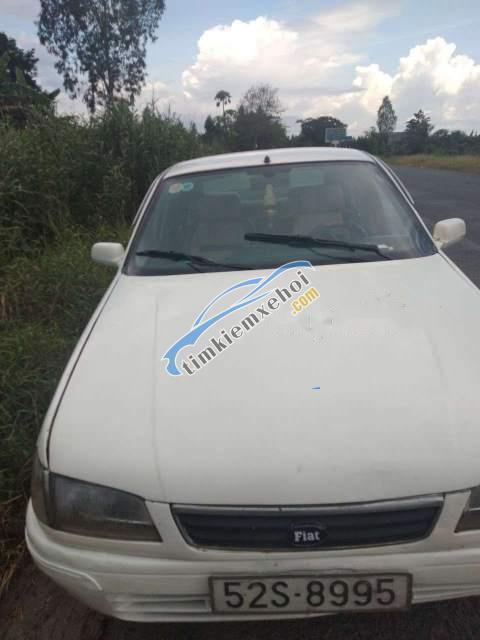 Cần bán xe Fiat Tempra sản xuất 2001, màu trắng, xe nhập