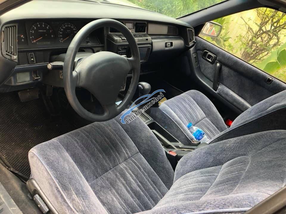 Bán ô tô Toyota Crown sản xuất năm 1998, màu bạc