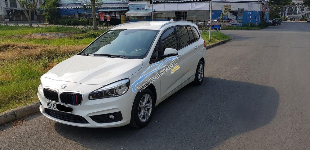 Chính chủ bán xe BMW 2 Series 218i GranTourer 2016, màu trắng, nhập khẩu