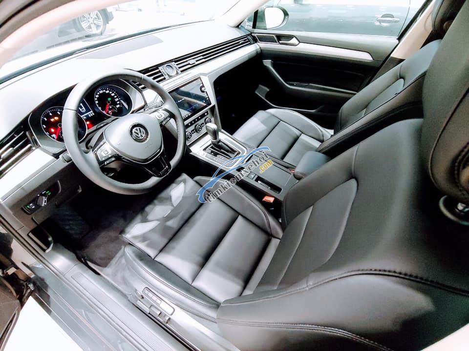 Bán Volkswagen Passat Bluemotion – Đẳng cấp sang trọng dành cho doanh nhân