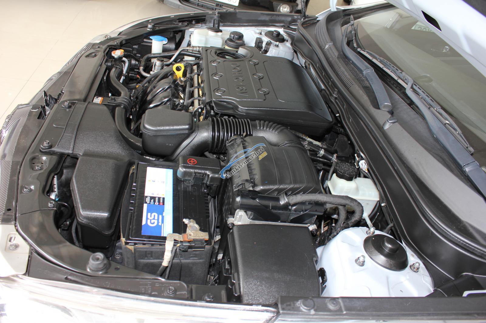 Bán Hyundai Sonata Y20 2.0 AT 2011, màu bạc, xe nhập
