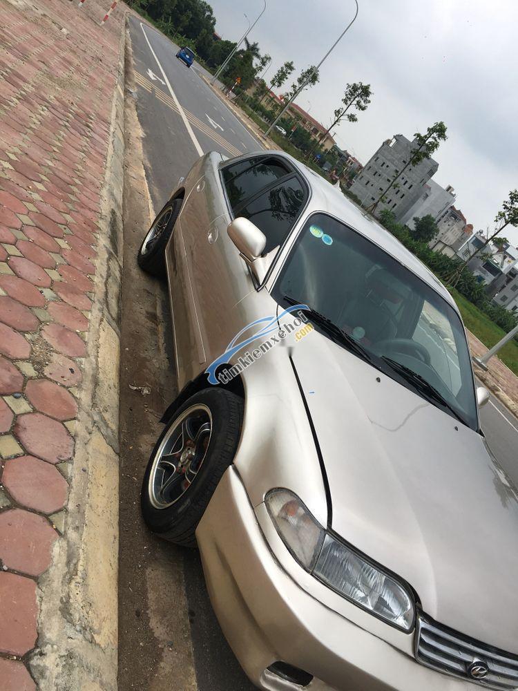 Bán Hyundai Sonata sản xuất 1994, màu vàng, nhập khẩu
