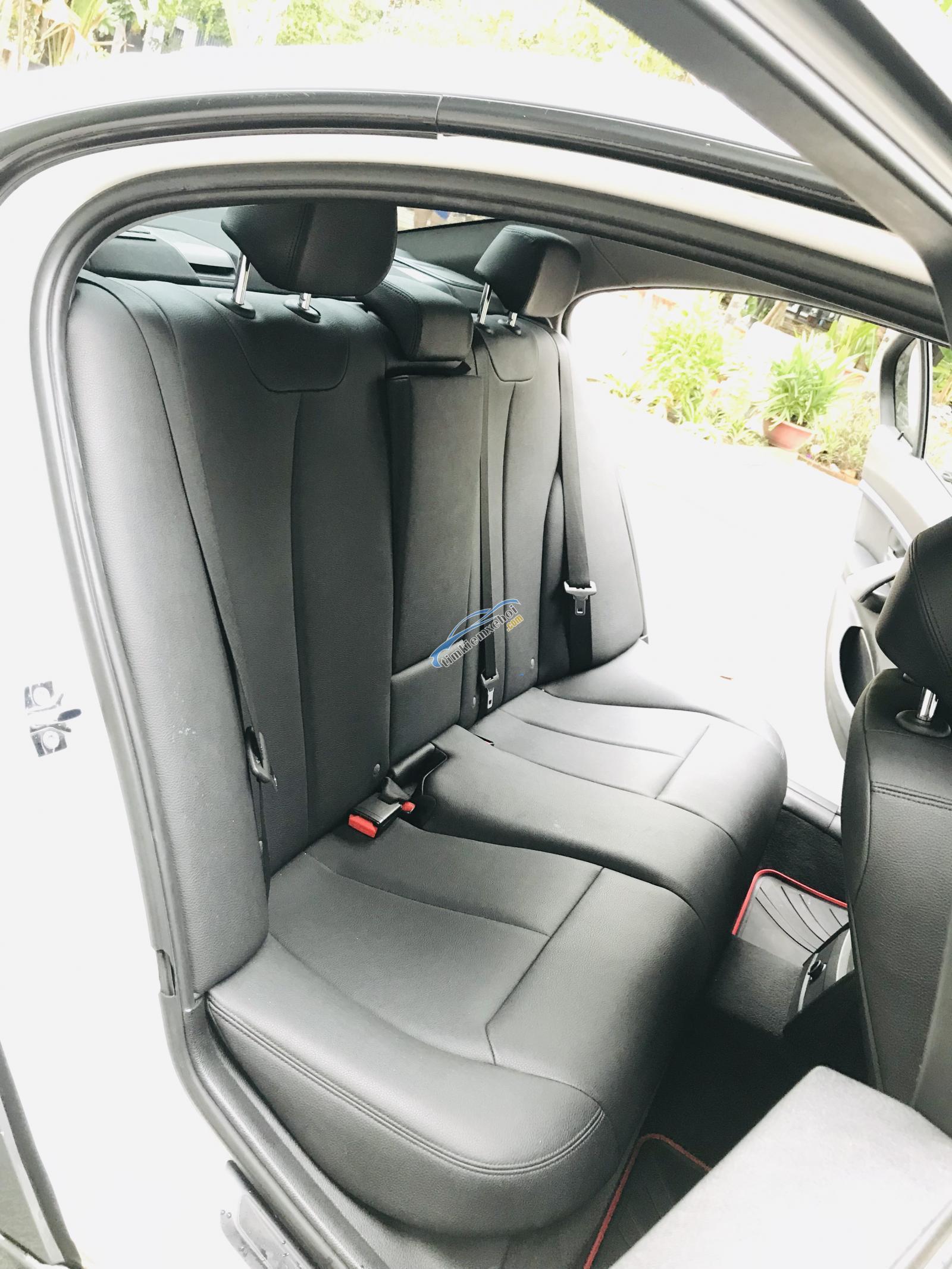 Bán ô tô BMW 3 Series 320i đời 2013, màu xám, nhập khẩu nguyên chiếc