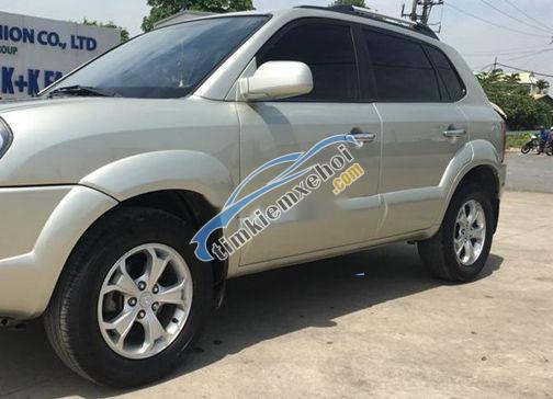 Cần bán Hyundai Tucson đời 2009, giá 350tr