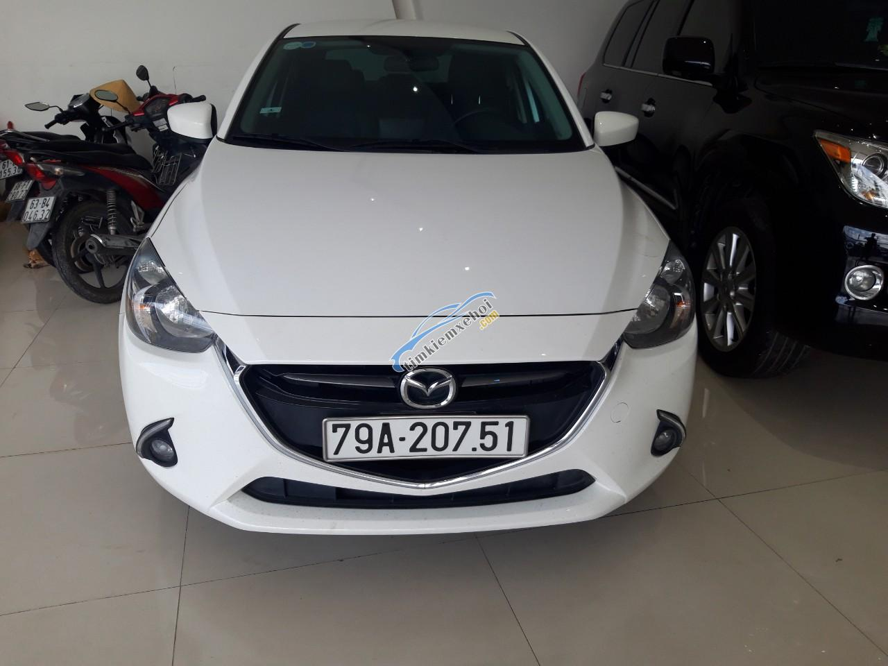 Cần bán Mazda 2 1.5 sản xuất năm 2018, màu trắng giá cạnh tranh