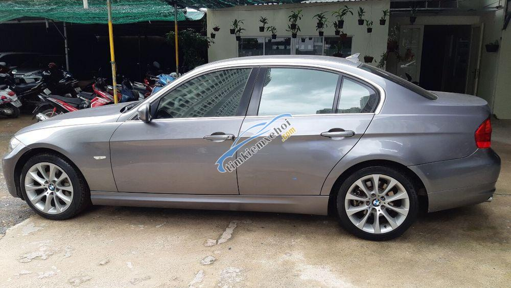 Bán lại BMW 320i đời 2009, xe nhập như mới