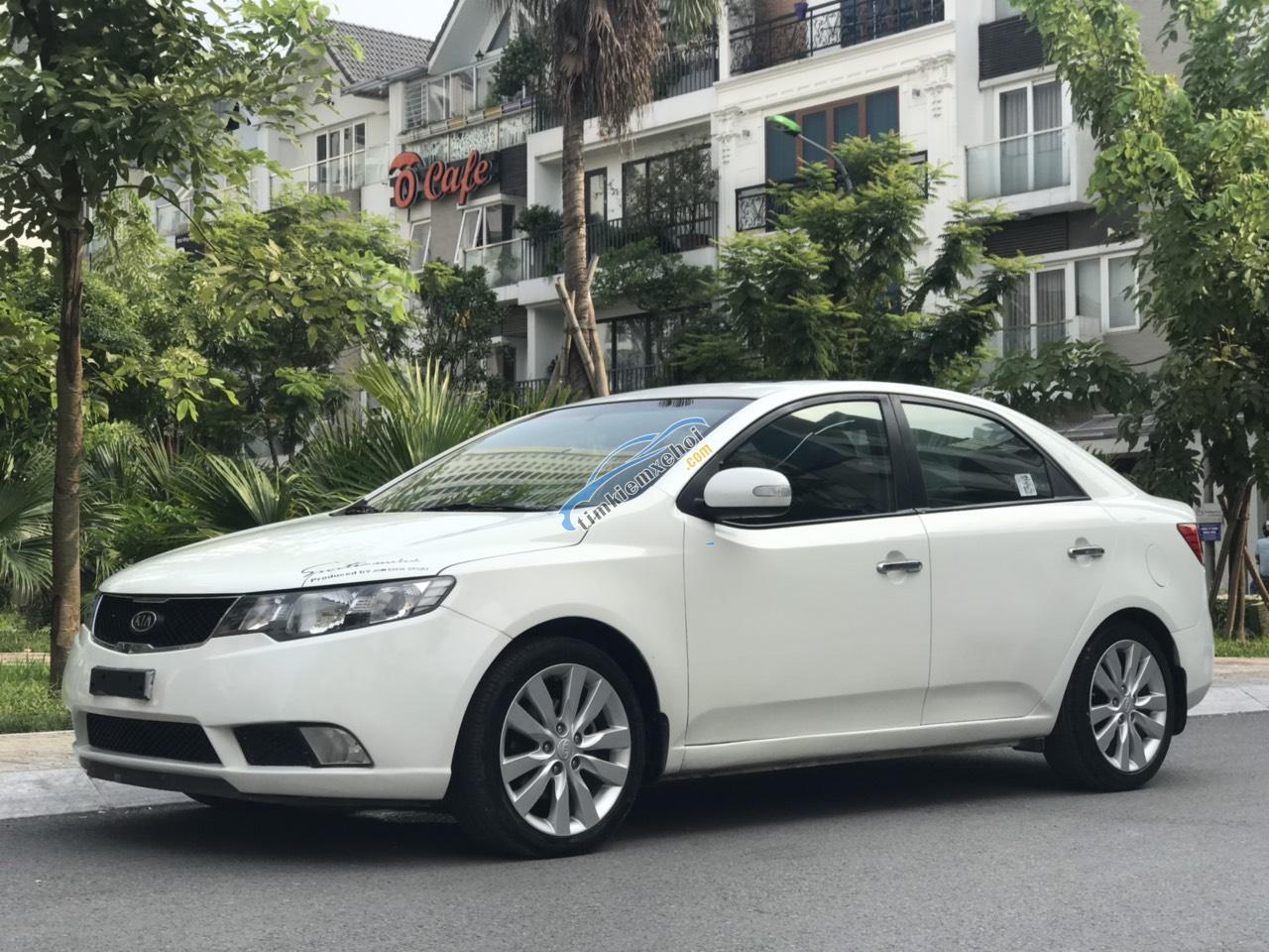 Bán xe Kia Cerato SX 1.6 AT sản xuất 2009, màu trắng, nhập khẩu nguyên chiếc