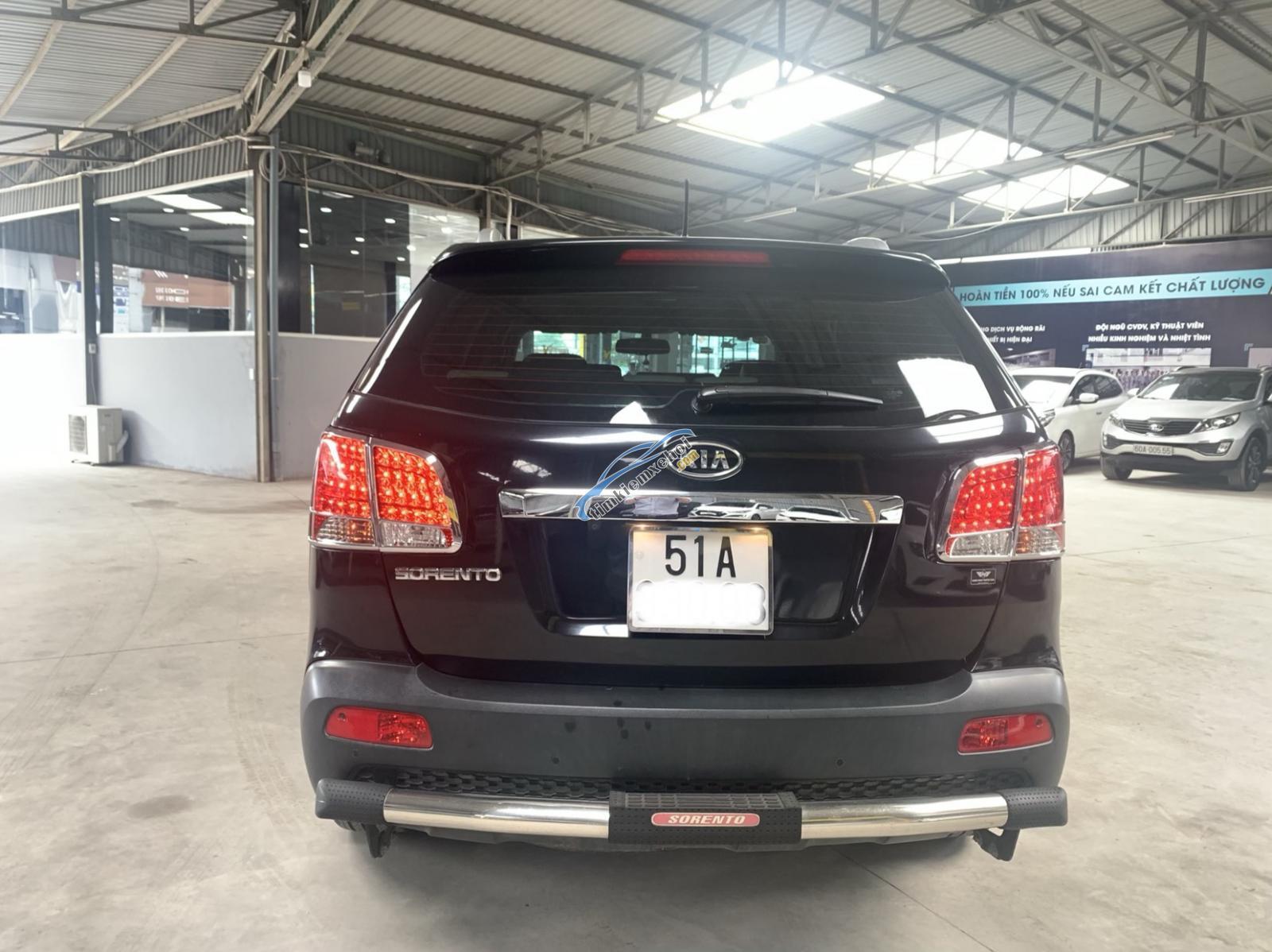 Hãng bán Sorento full xăng 2012, màu đen, đúng chất, biển TP, giá TL, hỗ trợ góp