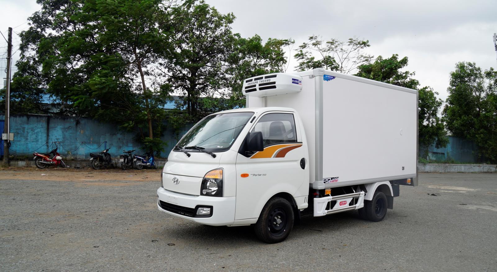 Bán xe Hyundai 1T đông lạnh, giá rẻ, xe có sẵn, giao ngay, ưu đãi quà tặng hấp dẫn cho xe đông lạnh