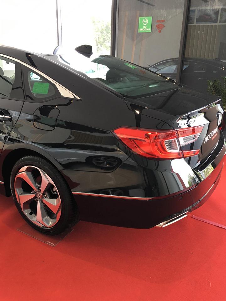 Cần bán xe Honda Accord L sản xuất 2019, màu đen, nhập khẩu