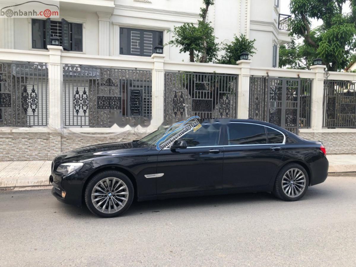 Bán xe cũ BMW 750Li 2013, màu đen, nhập khẩu