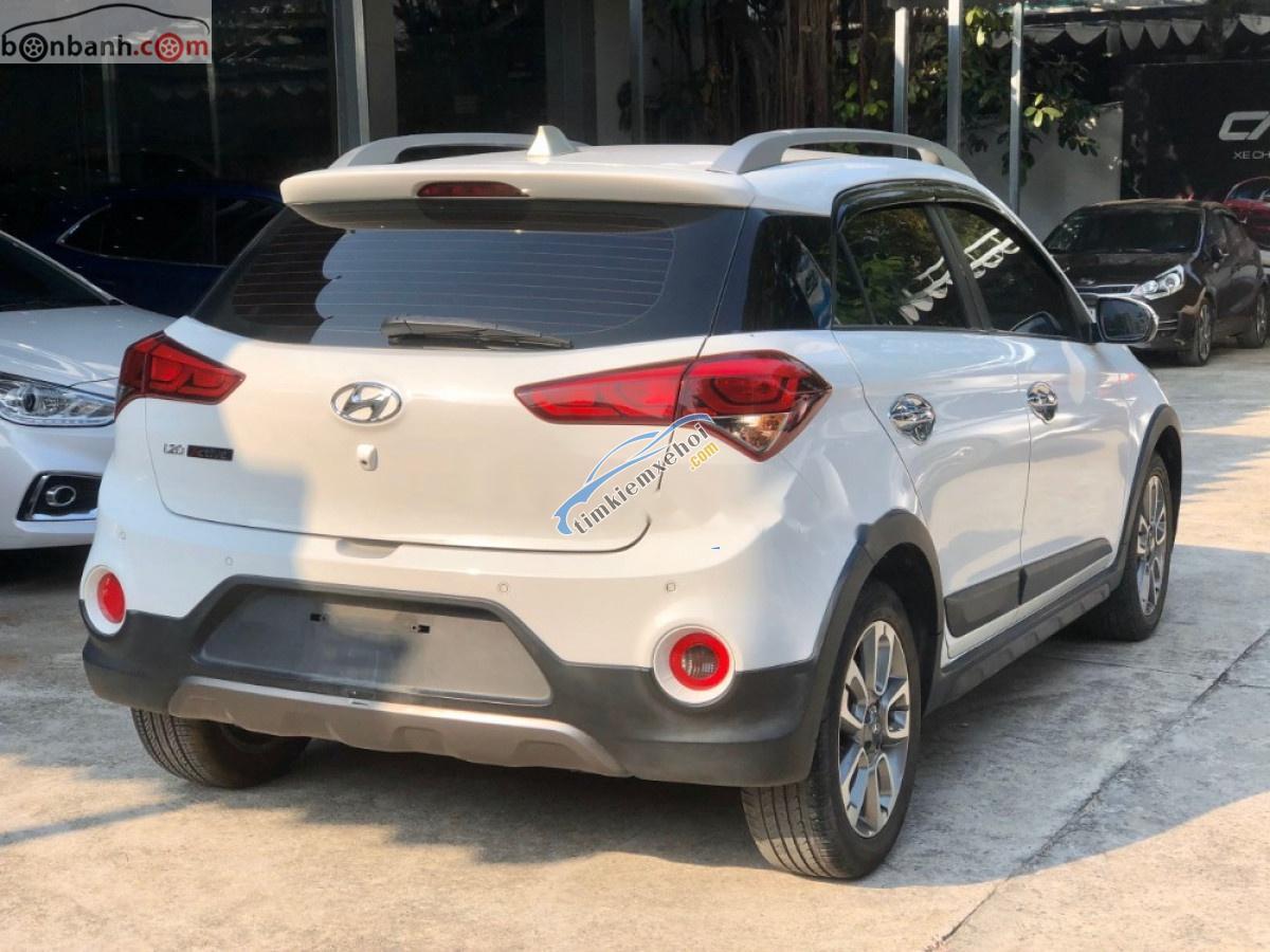 Cần bán gấp Hyundai i20 Active 1.4 AT năm sản xuất 2015, màu trắng, nhập khẩu nguyên chiếc
