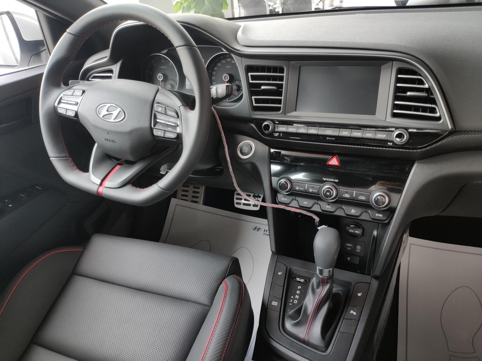 Hyundai Elantra 2021 - Giảm nóng 50 triệu - Cam kêt giá tốt nhất hệ thống