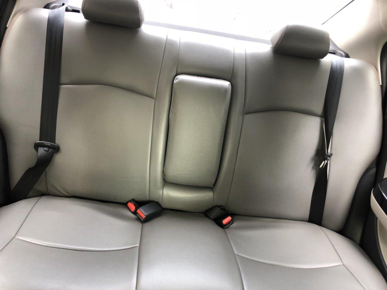 Cần bán xe Mitsubishi Attrage đời 2018, màu xám giá cạnh tranh