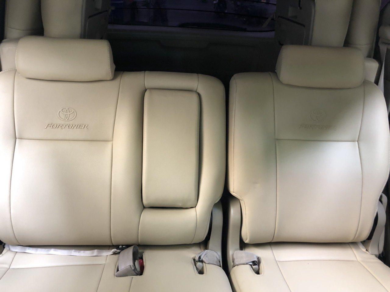 Bán ô tô Toyota Fortuner TRD Sportivo sản xuất 2016, màu trắng