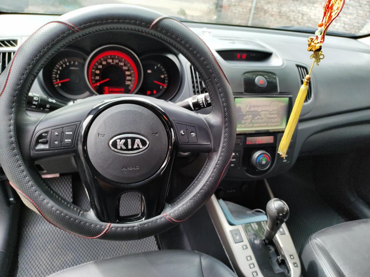 Nhập khẩu - Kia Forte 2009 - màu đen- 1 chủ đi giữ gìn