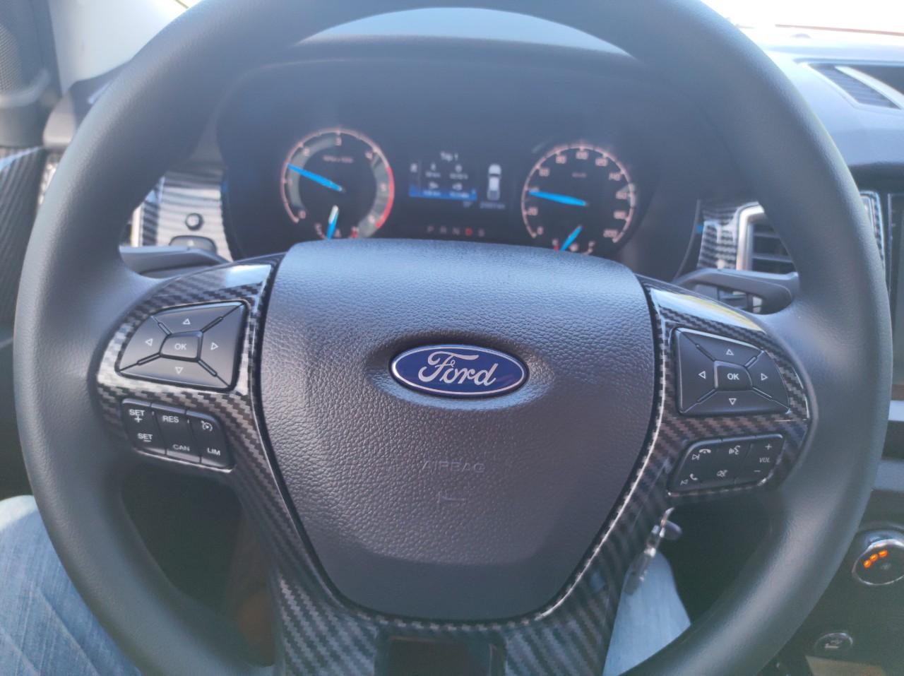 Nhập khẩu Ford Ranger 2019, xe còn mới