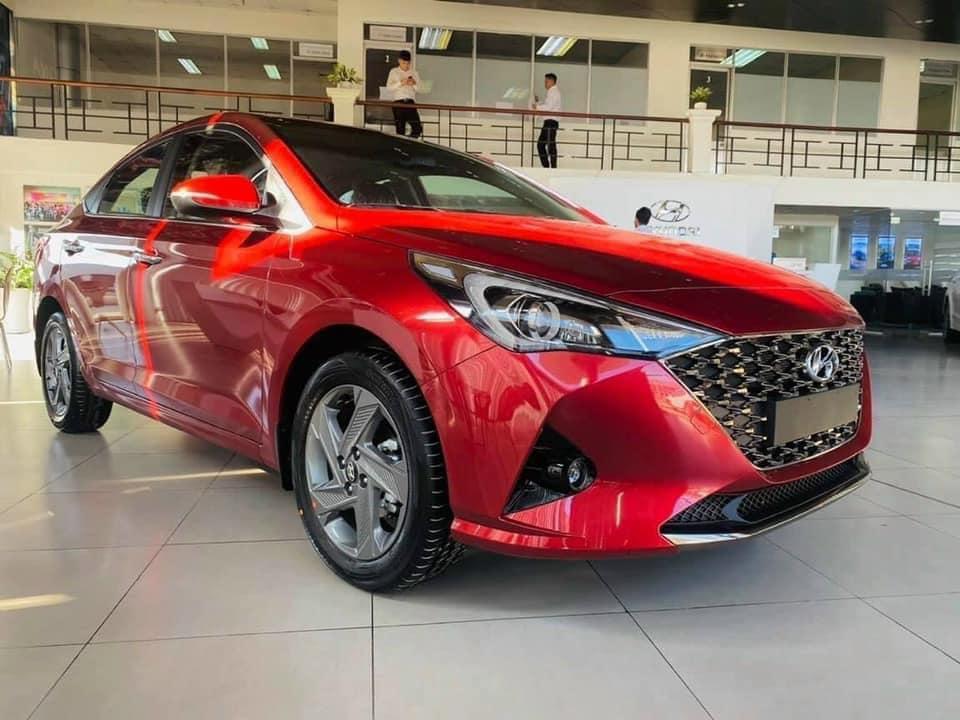 Hyundai Accent 2021 đủ màu giảm giá sập sàn, tặng bảo hiểm 2 chiều