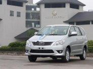 Cần bán lại xe Toyota Innova sản xuất 2012, màu bạc giá 495 triệu tại Hà Nội