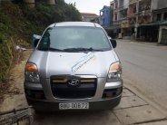 Cần bán gấp Hyundai Starex GRX sản xuất năm 2004, màu bạc, nhập khẩu nguyên chiếc chính chủ, giá chỉ 235 triệu giá 235 triệu tại Vĩnh Phúc