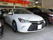 Bán xe Toyota Camry SE 2.5 AT đời 2015, màu trắng, xe nhập   giá 1 tỷ 850 tr tại Tp.HCM