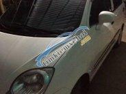 Cần bán xe Chevrolet Spark đời 2010, màu trắng xe gia đình giá 135 triệu tại Bình Dương