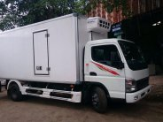 Xe tải Fuso thùng kín đông lạnh tiêu chuẩn châu âu, xe tải canter 8.2 thùng lạnh giá 625 triệu tại Tp.HCM