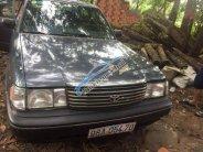 Cần bán gấp Toyota Crown đời 1993, màu xám số sàn, giá chỉ 140 triệu giá 140 triệu tại Bắc Giang