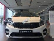Cần bán xe Kia Rondo F/L 2018, giá 609tr, hỗ trợ trả góp lãi suất thấp nhất giá 609 triệu tại Hà Nội