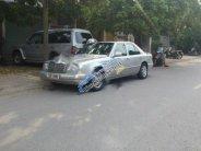 Bán ô tô Mercedes E230 1995, màu bạc, nhập khẩu số sàn, giá tốt giá 85 triệu tại Hà Nội