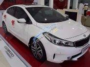 Bán ô tô Kia Cerato 1.6L AT đời 2016, màu trắng giá 639 triệu tại Quảng Trị