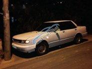 Bán lại xe Nissan Bluebird 1993, màu trắng giá 35 triệu tại Lâm Đồng
