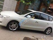 Bán gấp Hyundai i30 CW đời 2009, màu trắng, xe nhập giá 390 triệu tại Tp.HCM