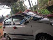 Bán xe Chevrolet Spark đời 2009, màu trắng giá 100 triệu tại Gia Lai